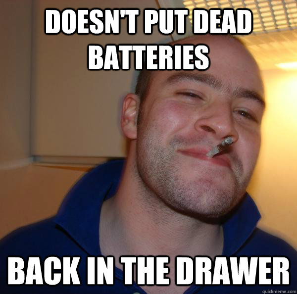 Doesn't put dead batteries back in the drawer - Doesn't put dead batteries back in the drawer  Misc