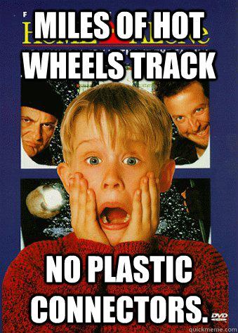 Miles of hot wheels track No plastic connectors.