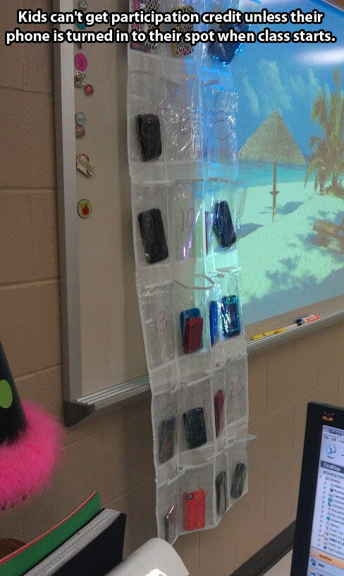 This Is How A Brilliant Teacher Deals With Cell Phones In Class...