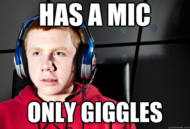 has a mic only giggles